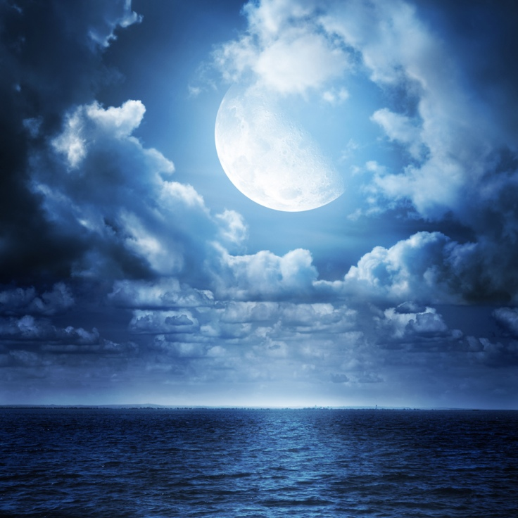 themoonovertheseaipadwallpaper252cbackground252c1024x1024